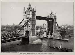 30. Tower Bridge In London Opens